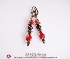 Designer-Ohrringe♦Rot♦Schwarz♦Antik-Bronze Style von Miss AraBeeXX Schmuckdesign auf DaWanda.com