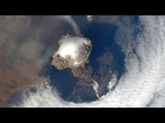 VOLCANO ERUPTION VIEW FROM SPACE!! AMAZING JANUARY 31, 2014 - YouTube