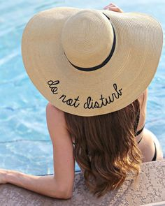 This Do not Disturb beach hat is ready for some relaxing fun in the sun!  Floppy sun hat with