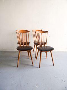 Image of chaises Baumann assise skai (4 disponibles)