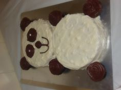 panda bear cake---2 round cakes and cupcakes for the ears, hands and feet.  super easy!!!! Panda Bear Cake