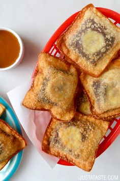Banana Chocolate Wonton Poppers #recipe from justataste.com