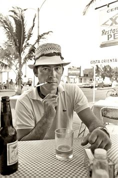 "my-retro-vintage: ""Hunter S Thompson at Pepe's Bar on the island of Cozumel, Mexico 1974 """