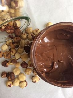 chocolate, melted - 2 tbsp vegetable or coconut oil - 3 tbsp powdered sugar - 1 tbsp unsweetened cocoa powder - ½ tsp vanilla extract -. Candy Recipes, Sweet Recipes, Dessert Recipes, Food Network Recipes, Cooking Recipes, Low Calorie Cake, How To Roast Hazelnuts, Skillet Chocolate Chip Cookie, Marmalade
