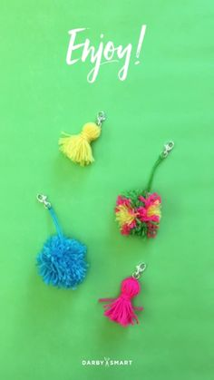 How to Make Multi-Colored Yarn Pom Poms