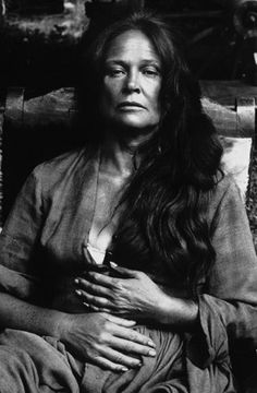 beautiful photo of Colleen Dewhurst