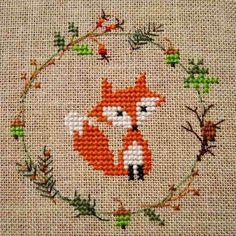 Xmas Cross Stitch, Cross Stitch Art, Simple Cross Stitch, Cross Stitch Animals, Modern Cross Stitch, Cross Stitch Designs, Cross Stitching, Cross Stitch Embroidery, Embroidery Patterns
