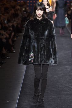 Fendi Fall 2016 Ready-to-Wear by Silvia Venturini Fendi and Karl Lagerfeld