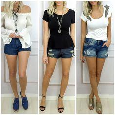Shorts jeans é uma peça versátil que permite diversas combinações.  Peças disponíveis para compra no site http://ift.tt/PYA077.