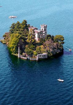 Isla de Loreto, lago Iseo, Italia