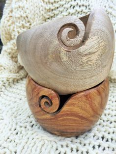 Belinda Harris-Reid hand-made lovely things - sheesham wood bowl, yarn bowl - yarn holder