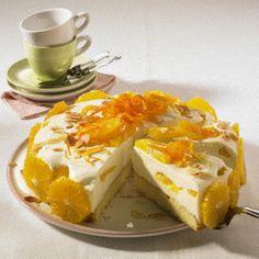 Orangen-Joghurt-Torte Rezept: Stücke,Margarine,Zucker,Salz,Eier,Mehl,Backpulver,Milch,Mandelblättchen,Orangen,Gelatine,Vollmilch-Joghurt,Zitrone,Schlagsahne,Aprikosen-Konfitüre,Verzieren,Form