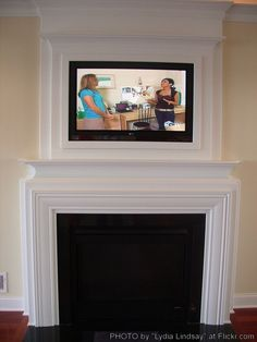corner fireplace designs with tv above - Would use this setup minus the fireplace and put a window seat by the windows. Corner fireplace with warm cherry wood mantel. Corner Fireplace Mantels, Tv Over Fireplace, Home Fireplace, Fireplace Design, Fireplaces, Fireplace Ideas, Craftsman Remodel, Family Room Design, Home Living Room