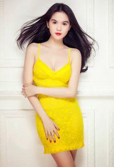 Ngọc Trinh bán nude khoe đường cong nóng bỏng | Thời Trang