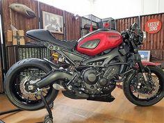 Xsr 900 midnight garage festival Yamaha Motorcycles, Custom Motorcycles, Custom Bikes, Ducati Scrambler, Cafe Bike, Cafe Racer Bikes, Moto Bike, Motorcycle Bike, Er6n
