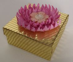 Small flower gift box