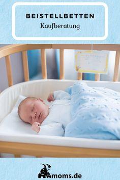 Ein #Beistellbett für eurer #Baby ist besonders beim Stillen praktisch. Es gibt das #Beistellbett auch für ein #Boxspringbett . Die Beistellbett #Deko kann ein #Nestchen oder #Himmel sein. Auf moms.de zeigen wir unterschiedliche Arten von Beistellbetten. Baby Zimmer, Diy Inspiration, Bassinet, Mom, Furniture, Home Decor, Boy Or Girl, Breastfeeding, Newborns