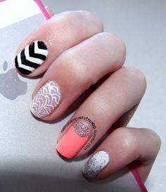 Yep! more of Zendaya's nails
