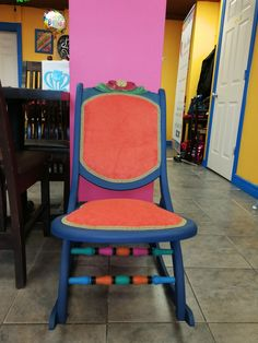 Hand painted with ASCP and reupholster with colorful fabrics Dining Chairs, Fabrics, Hand Painted, Colorful, Furniture, Home Decor, Tejidos, Decoration Home, Room Decor