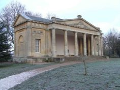 Neoclassical house: English Buildings: ...c 1700-1837