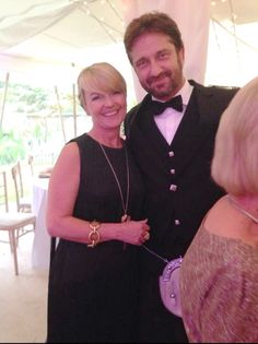 Gerard at a wedding in Scotland June 2014 --- in a KILT | Weirdly Obsessive Gerard Butler Message Board