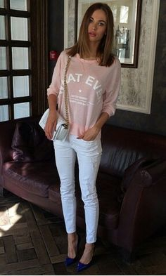 Masha Trotsko, Simple Outfits, White Jeans, Bomber Jacket, Celebs, Chic, Pink, Jackets, Style Ideas
