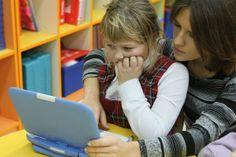 Le monde célèbre la Journée des jeunes filles dans le secteur des TIC