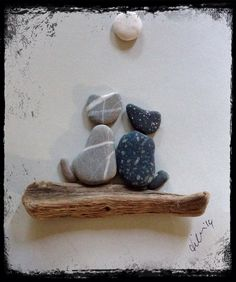 Best and easy pebble art ideas for beginner Stone Crafts, Rock Crafts, Arts And Crafts, Pebble Pictures, Art Diy, Rock And Pebbles, Driftwood Crafts, Sea Glass Art, Shell Art