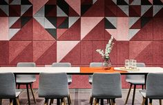 Acoustic design to reduce noise using BAUX Panels and Tiles in this Helsinki office Akustik by byliron Acoustic Fabric, Acoustic Panels, Acoustic Wall, Helsinki, Soundproofing Walls, Work Cafe, Acoustic Design, Environmental Design, Sound Proofing