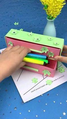 Diy Crafts Hacks, Diy Crafts For Gifts, Creative Crafts, Fun Crafts, Paper Crafts Origami, Paper Crafts For Kids, Diy Paper, Paper Art, Instruções Origami