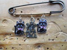 Amazing kilt pins, https://www.profiletree.com/tanila-price #crafts, #accessories, #pins, #witch, #meditation, #earring, #metal, #bracelets