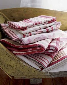 Old kitchen linens White Cottage, Cottage Style, Ticking Fabric, Ticking Stripe, Linens And Lace, White Linens, Vintage Textiles, Table Linens, Bunt