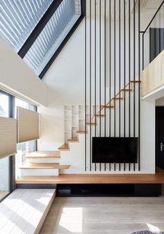 Treppen offen in Wohraum integriert.