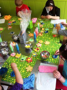 Taller de decoración de galletas para niños en La Galletería de Tastery