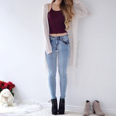 Image discovered by Mariiana García. Find images and videos about girl, fashion and outfit on We Heart It - the app to get lost in what you love. Teenage Outfits, Teen Fashion Outfits, Outfits For Teens, Casual Outfits, Womens Fashion, Teenage Clothing, Fashion Fashion, Fashion Ideas, Vintage Fashion