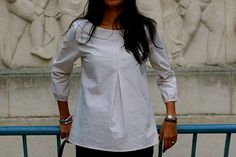 New top with Peter Pan collar by Curry Made, via Flickr Pattern is adapted # 21 from Elegance & Simplicity with a peter pan collar from Gertie's tutorial