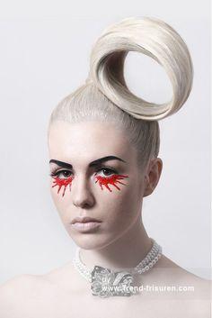 HAIR MILICA Lange Blonde weiblich Gerade Farbige Weiße Platin Hochsteckfrisur Plastische Avantgarde Frauen Frisuren hairstyles