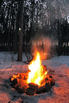 ♪♪ Fires burning, fires burning, draw nearer ♪♪