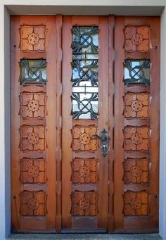 What a door. Panoramio - Photos by Jacques Lasserre