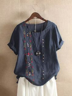 Fashionable Bohemian Embroidery Floral Short Sleeve Summer T-Shirt Online - NewChic Shirtdress Outfit, Shirt Outfit, Fashion Sale, Womens Fashion, Fashion Outfits, Fashion Online, Latest Fashion, Chic Outfits, Street Fashion