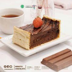 Kuliner Hits Kue Kekinian Artis Selebriti Laudya Cynthia Bella Bandung Makuta Cake 'Oleh Oleh Bandung' Cake Packaging, Makati, Pop Up, Photograph, Photo And Video, Ethnic Recipes, Instagram, Food, Photography