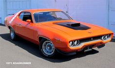 1971 Plymouth Road Runner 383 Resto Mod Click to Find out more - http://fastmusclecar.com/best-muscle-cars/1971-plymouth-road-runner-383-resto-mod/ COMMENT.
