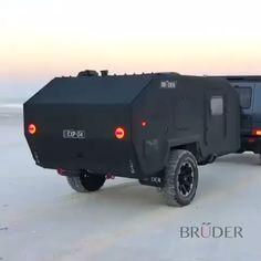 All-Terrain Caravan! - Dahn Tahn - All-Terrain Caravan! Jeep Camping, Petit Camping Car, Off Road Camping, Camping Hacks, Expedition Trailer, Overland Trailer, Expedition Vehicle, Overland Truck, Off Road Camper Trailer