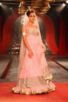 Suneet Varma #bridal #lehnga