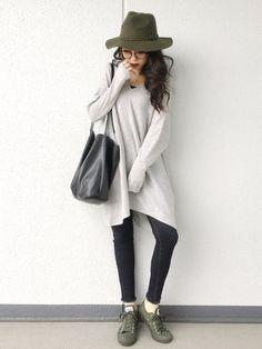 PONTEの記事「ニットの季節♡今年はどう着る?2016秋冬ニットワンピ最旬コーデをお勉強!」。今話題のファッションやトレンド情報をご覧いただけます。ZOZOTOWNは2,000ブランド以上のアイテムを公式に取扱うファッション通販サイトです。