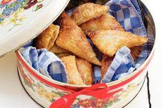 Mini-appelflappen - variatie met peer. Eventueel zelf toevoegen: vanillesuiker, walnoten, karamel, rozijnen, honing.