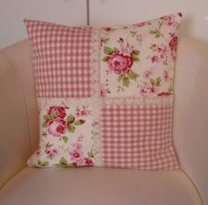Le plus chaud Coût -Gratuit Patchwork kissen Style, Kissen-skandinavischen Landhausstil Handarbeit Würde . - susanne - # you cours p new york dernièlso are annéage, nous avons vu ce maximalisme prendre le devant signifiant los ange. Sewing Pillows, Diy Pillows, Decorative Pillows, Cushions, Throw Pillows, Patchwork Cushion, Quilted Pillow, Cushion Cover Designs, Cushion Covers