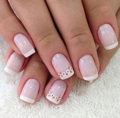 50 super french tip nails to add another dimension i .- 50 Super Französisch Tipp Nägel, um eine weitere Dimension Ihrer Maniküre zu bringen 50 super french tip nails to add another dimension to your manicure their - Pretty Nails, Fun Nails, Diy Ongles, Gel Nagel Design, Nagel Hacks, Floral Nail Art, Daisy Nail Art, Daisy Nails, French Tip Nails