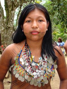 NATIVE AMERICAN WOMAN FROM AMAZONAS - BELLA MUJER PANAMEÑA DEL AMAZONASA