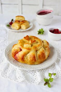Baked Camembert in Puff Pastry with Raspberries and Almonds